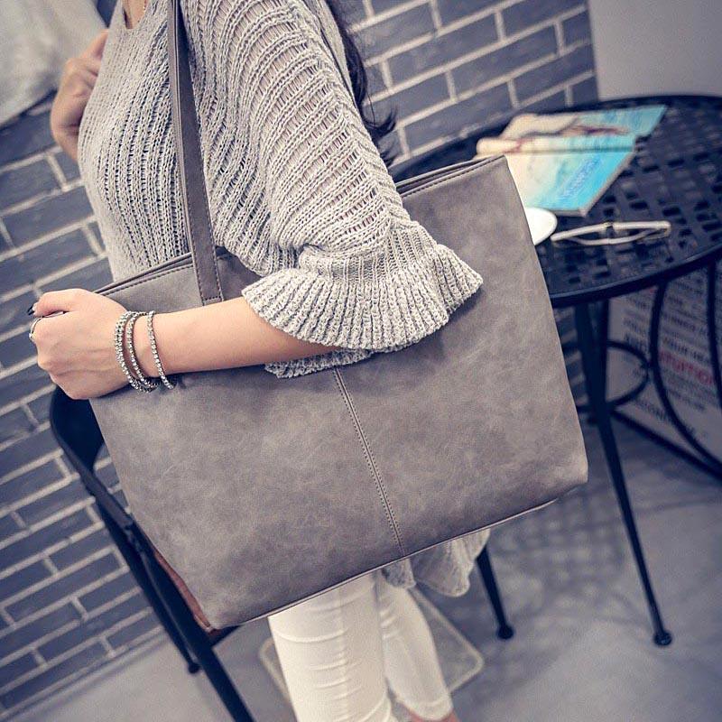 sac-a-main-femme-cuir-nubuck-suedine-velours-gris-details2