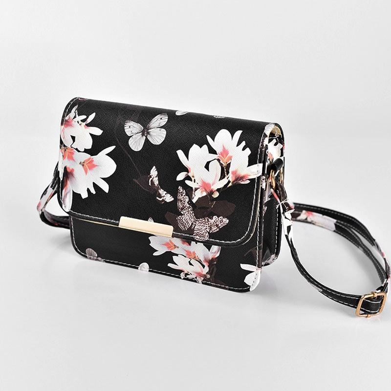 sac-bandouliere-femme-noir-motif-fleur