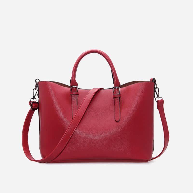 Sac à main bandoulière pour femme et sac cabas en cuir rouge.