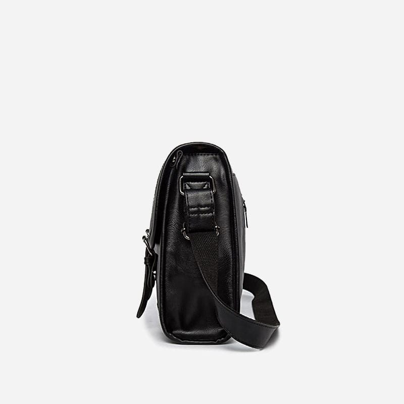 Côté du sac besace bandoulière pour homme façon cartable et cuir noir.