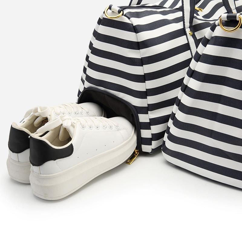 sac-voyage-femme-mariniere-poche-chaussure