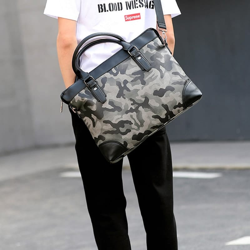 sac-a-main-bandouliere-homme-vert-camouflage