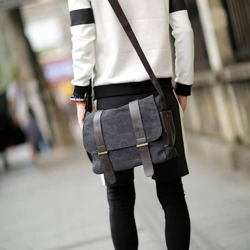 sac-besace-bandouliere-toile-cuir-noir-3