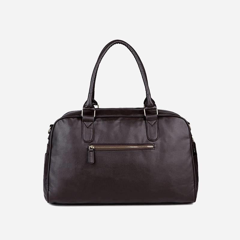 Verso du sac à main de type week-end 24h pour homme. En cuir et de couleur brun.