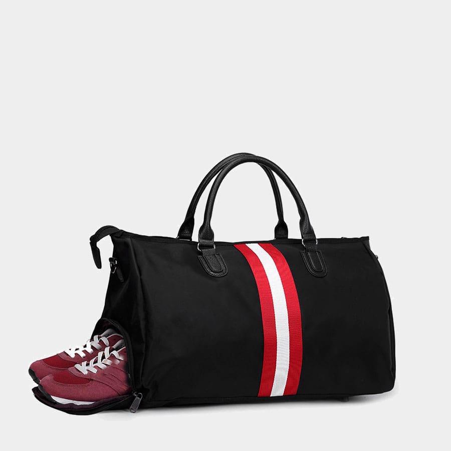Range chaussure du sac de voyage pour homme sac weekend en fonction de la taille.