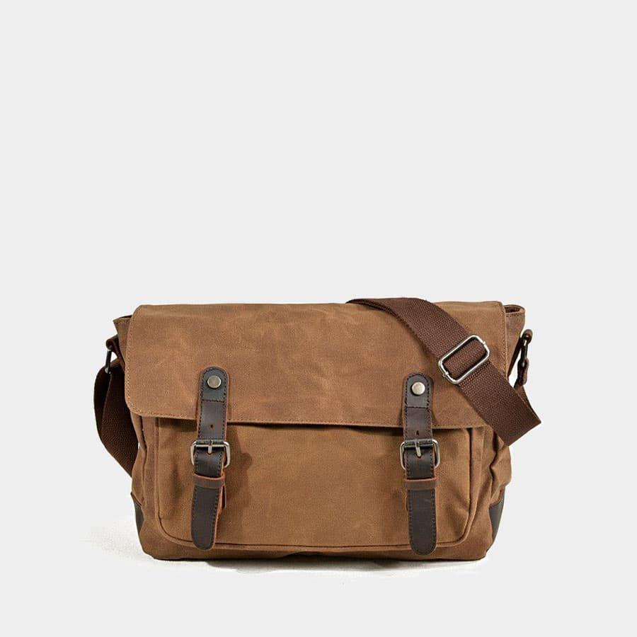 sac-besace-homme-toile-waterproof-cuir-veritable-marron