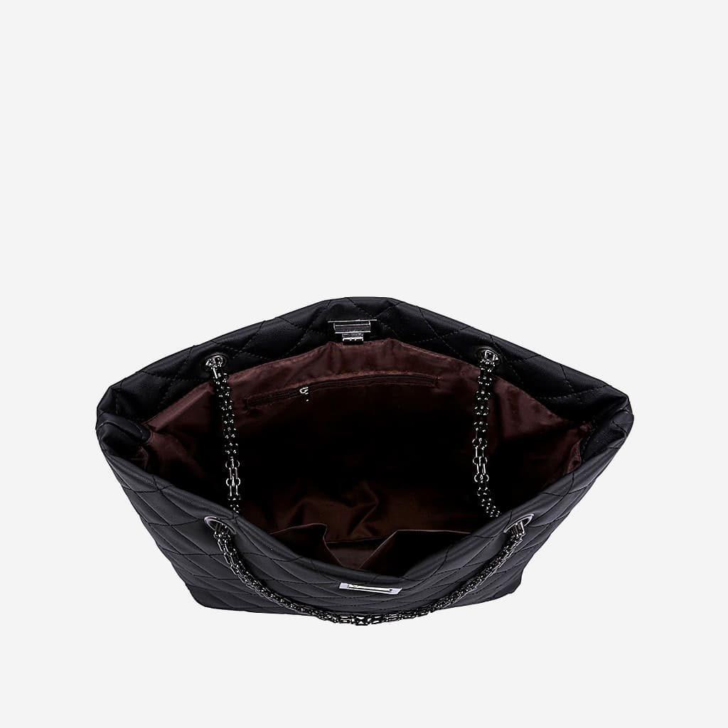Intérieur du sac cabas matelassé, poches intérieures.