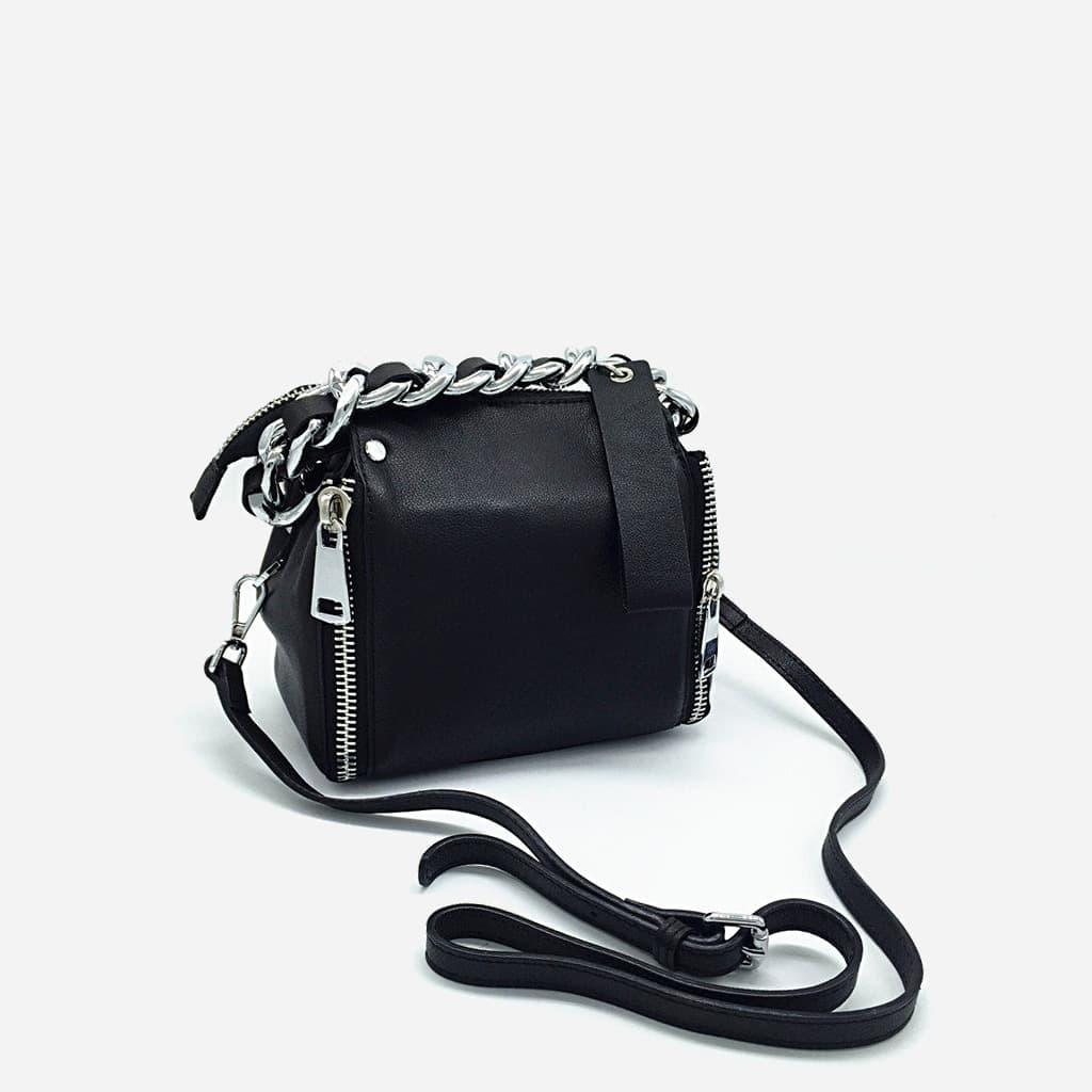 sac-main-chaine-cuir-veritable-noir-argenté