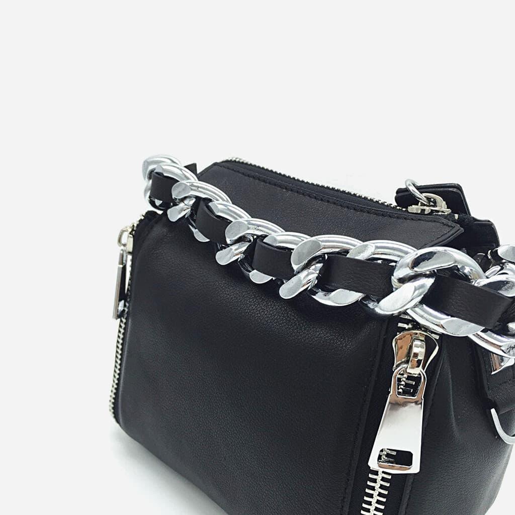 sac-main-chaine-cuir-veritable-noir-detail-chaine-maillons