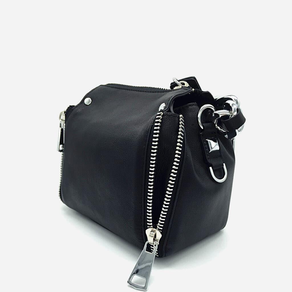 Sac à main à chaîne pour femme en cuir véritable de vachette de couleur noir.
