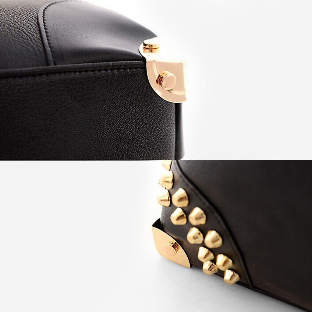 Détails du dessous du sac avec les clous et rivets.