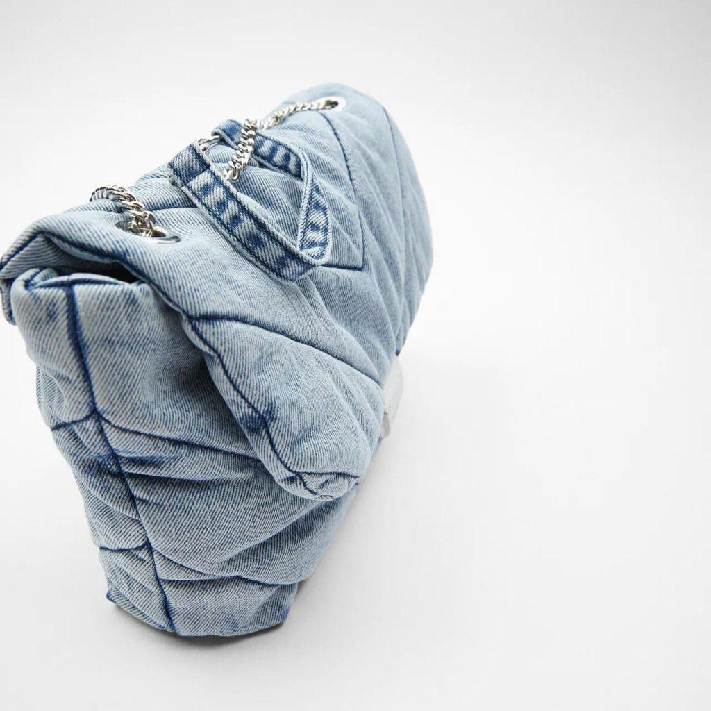 Côté du grand sac bandoulière besace femme en tissu denim blue jean